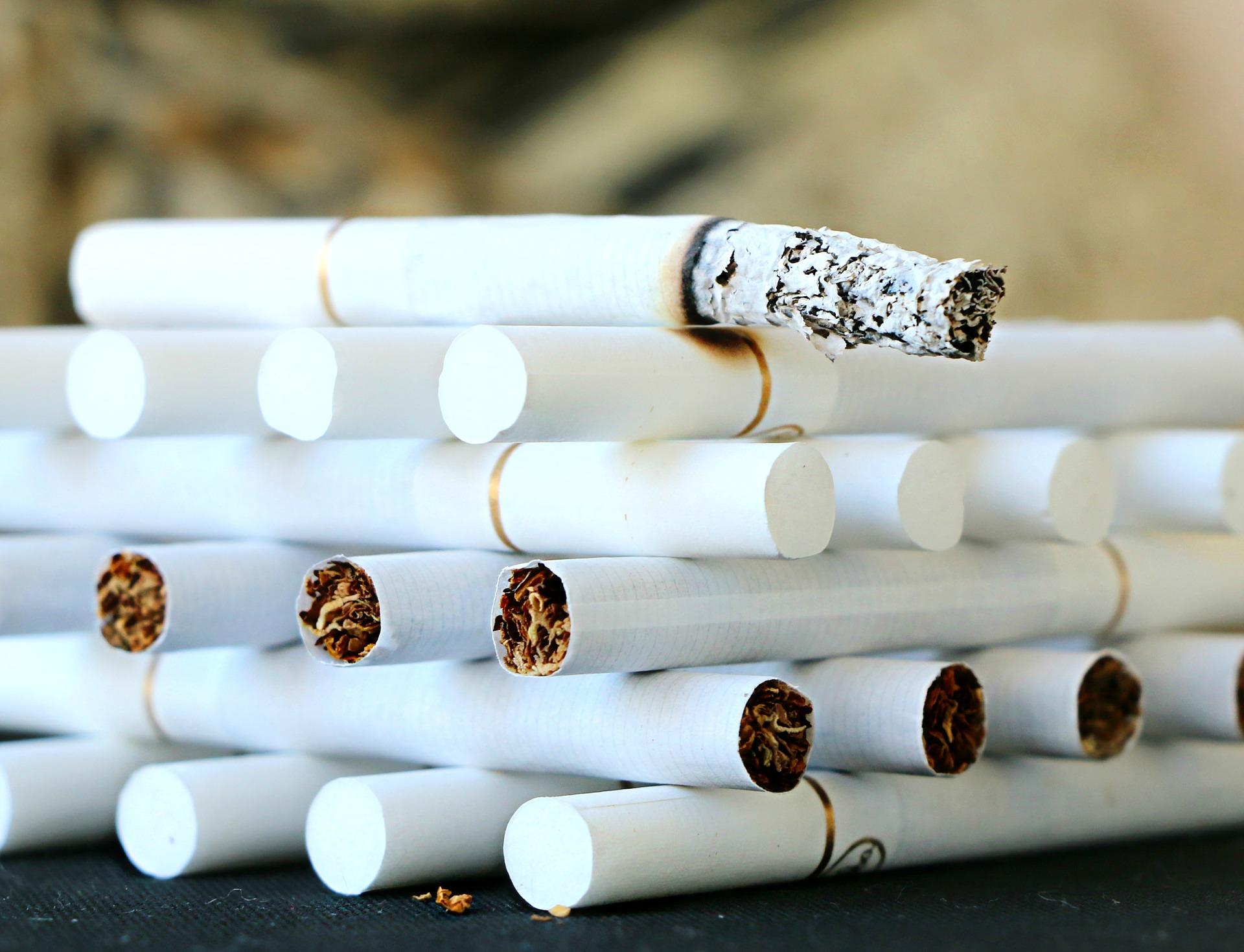 Letáky v balíčcích cigaret – ano, nebo ne?